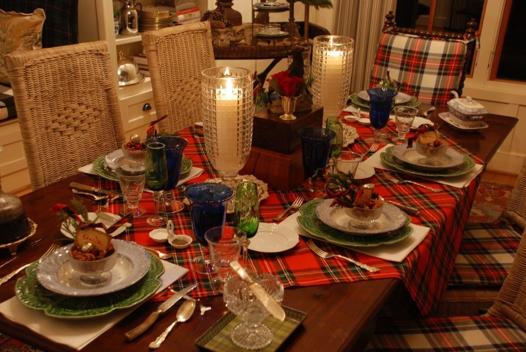 Christmas dining table 2