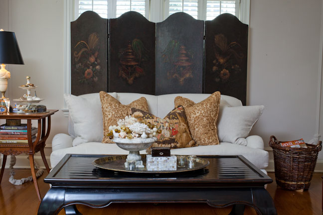 If you want a sofa that will be stylish for decades to come, an English rolled-arm, tight-back sofa is a great fit. With its slightly rounded arm that are set back from the front of the seat, clean back and classic turned legs, this sofa is one of my favorites.