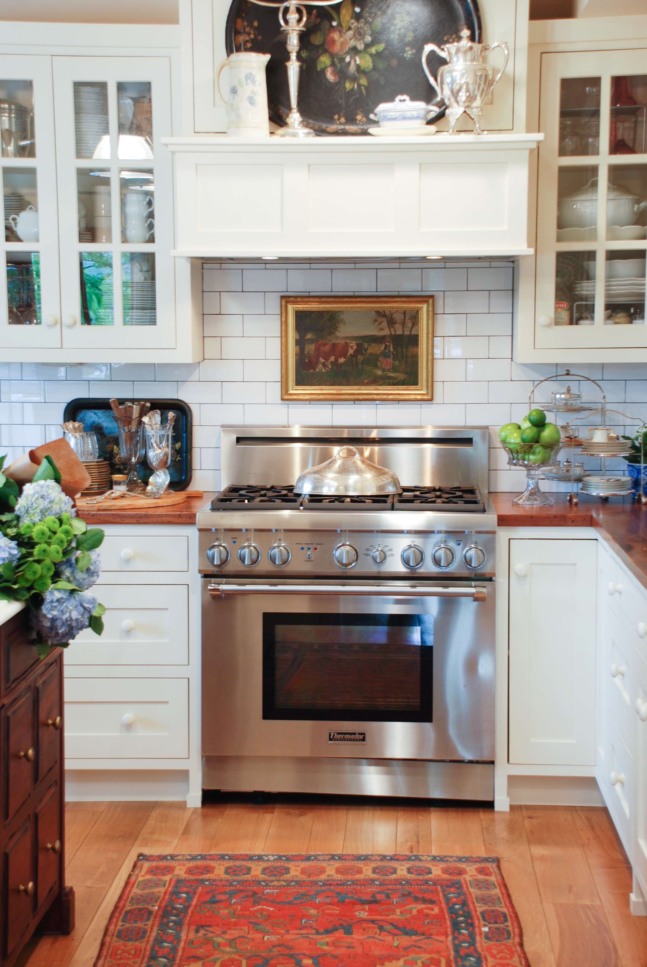 Decorating Dilemma How To Decorate Above Your Stove Nell Hills